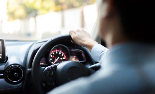 Sikkerhedsteknologi i nye biler